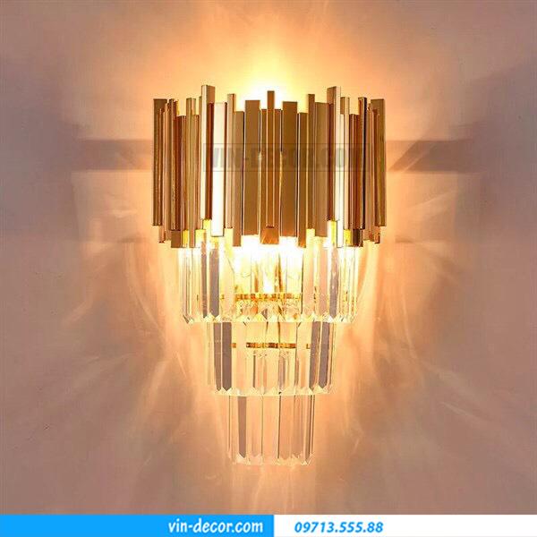 đèn gắn tường hiện đại 13