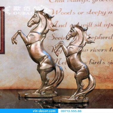 đồ trang trí ngựa châu âu 9277 01