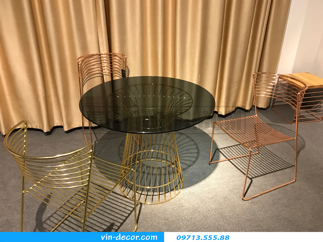 bàn ghế cao cấp 04