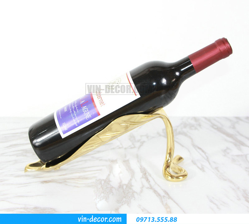 decor chiếc lá đỡ rượu MDU 030 1