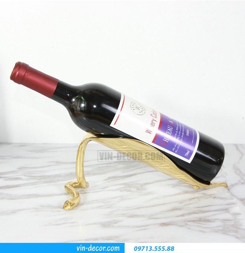 decor chiếc lá đỡ rượu MDU 030 2